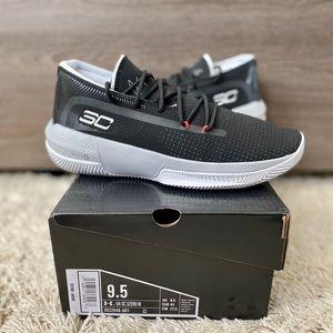 Men's UA SC 3ZERO lll Basketball Shoes SZ 9.5 NWT